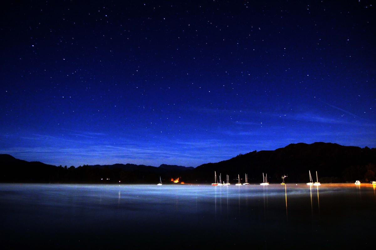 The bright night sky over Lake Windermere. Night sky photography course